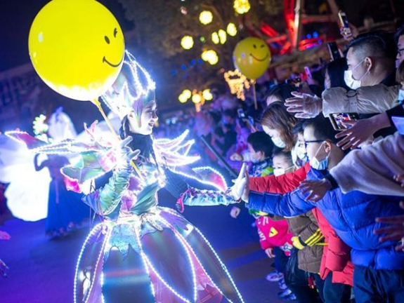 More gatherings, celebrations will be held in Wuhan; West should get used to it