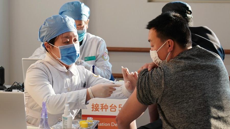 Over 73,000 get COVID-19 vaccines since Beijing began inoculation
