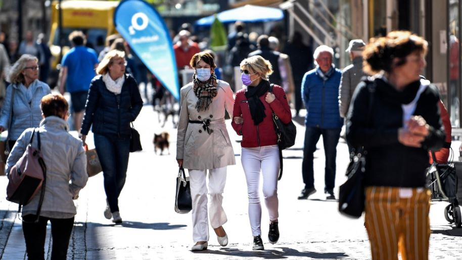 Germany's Merkel extends, tightens COVID-19 lockdown to January 31