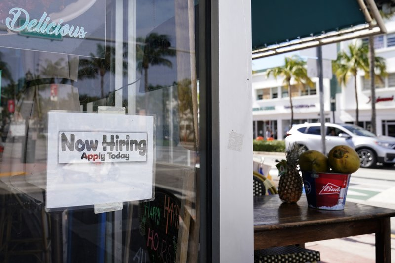 US loses 140,000 jobs, first monthly loss since spring
