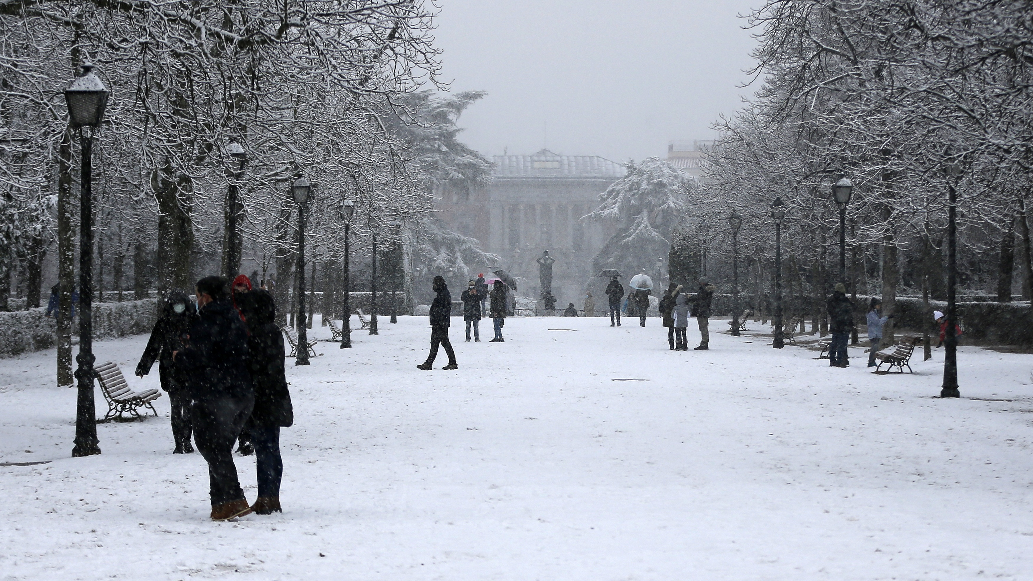 Spain buried under snow as temperature hits record low