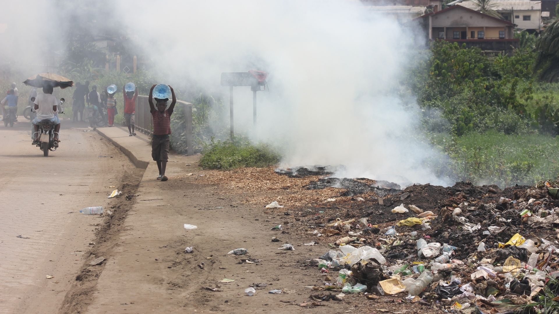 Burning waste is damaging the health of 'tens of millions' of people