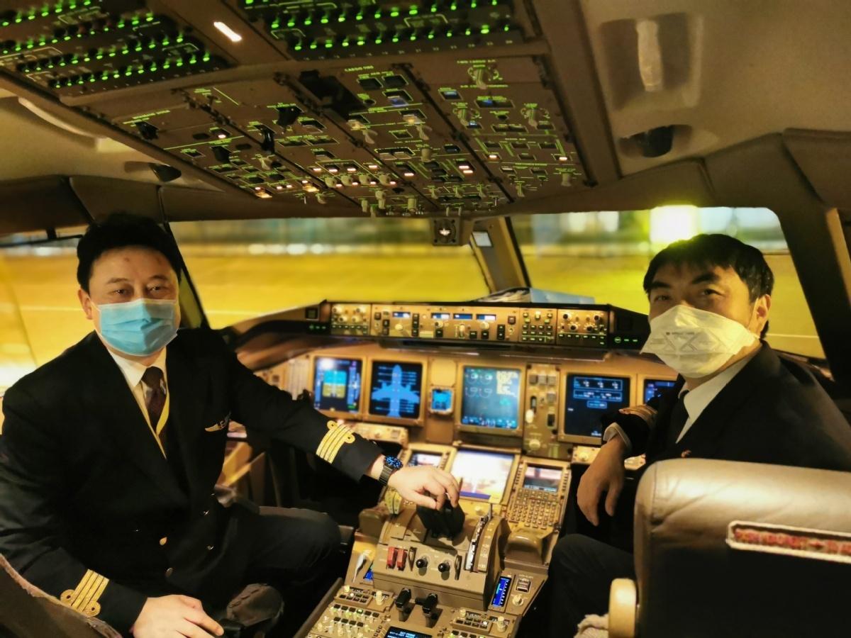 Crews' self-sacrifice keeps planes flying