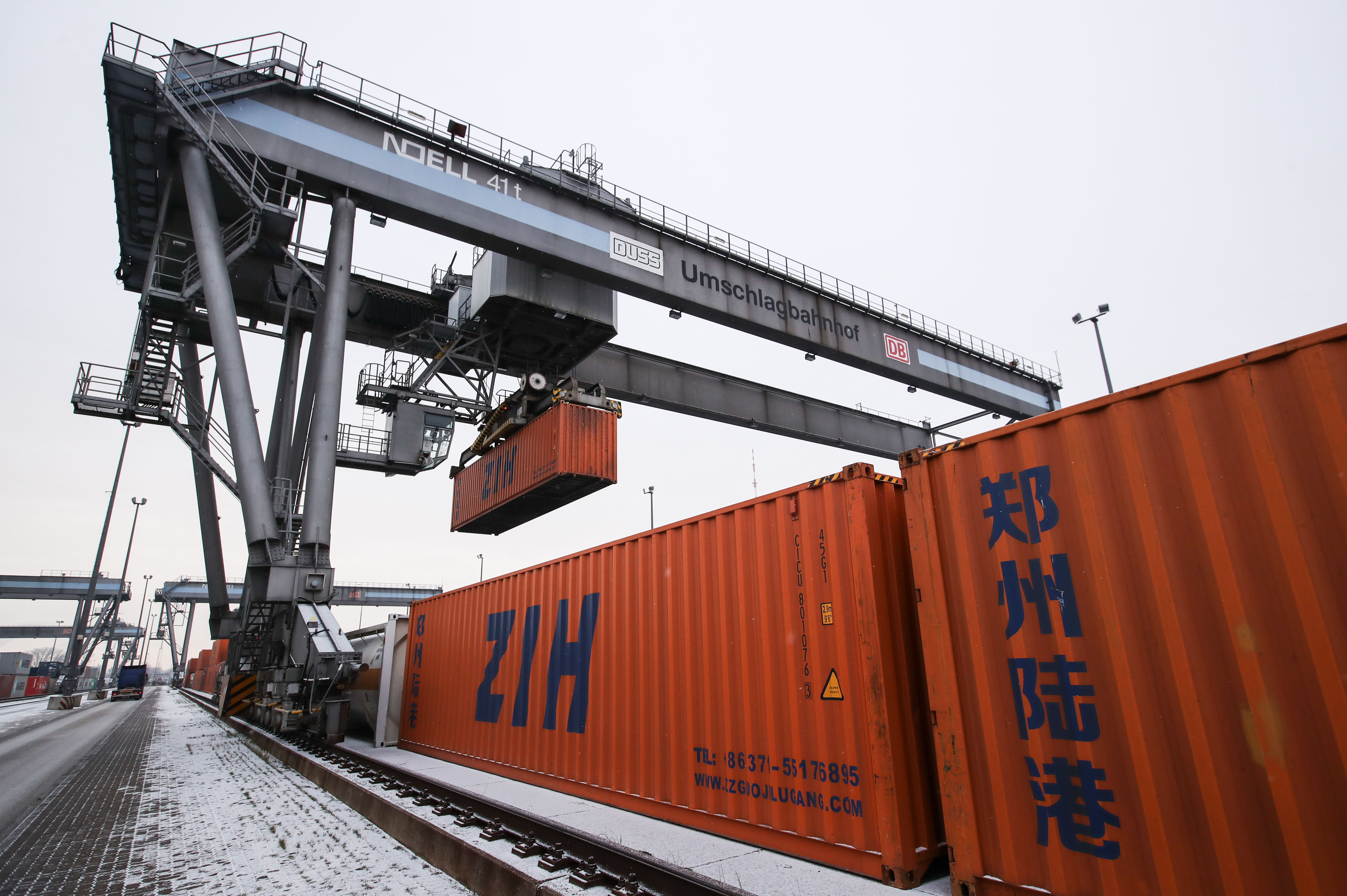 China-Europe cargo train service continues to grow via central China city