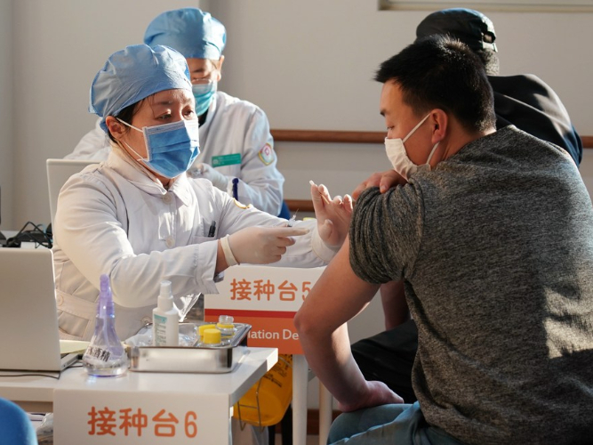 Beijing inoculates 1 million people with COVID-19 vaccines