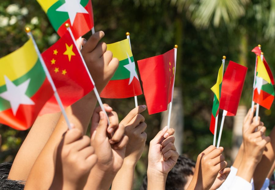 Chinese FM meets Myanmar counterpart on bilateral ties, cooperation