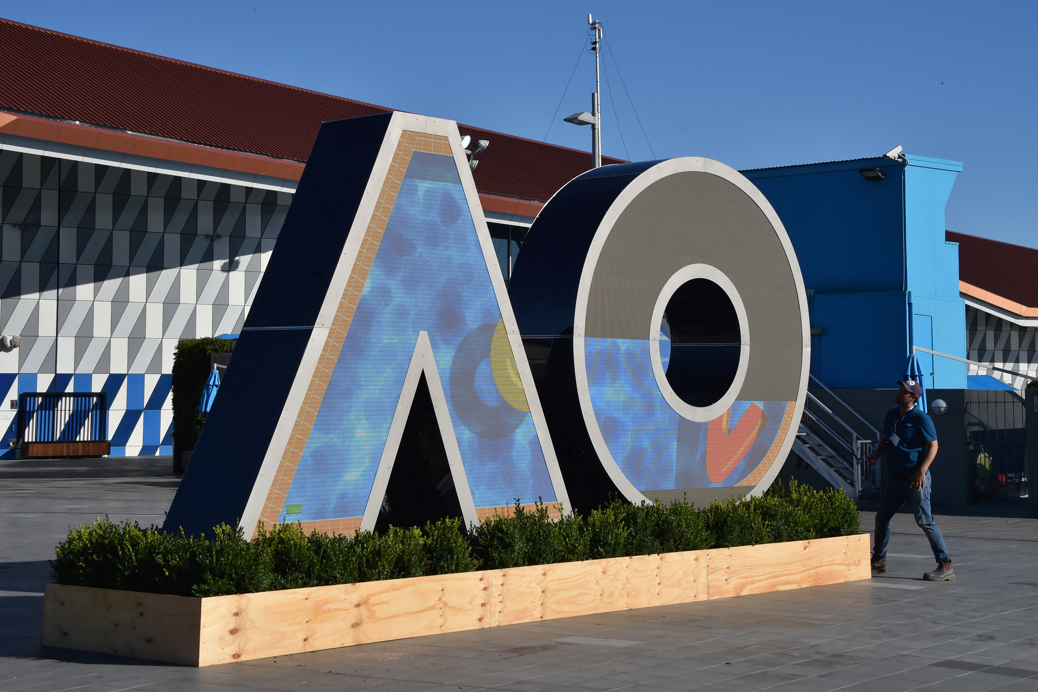 Australian Open serves up monumental challenge for local authorities
