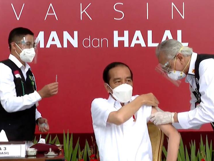 Indonesia starts emergency use of COVID-19 vaccine