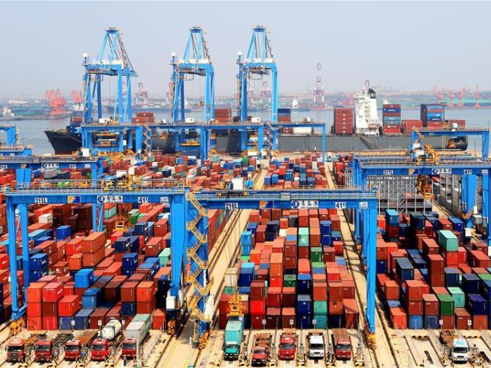 Chinese exports rise 3.6% in coronavirus-plagued 2020