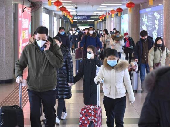 Local governments, enterprises roll out measures encouraging workers to reduce travel during Spring Festival