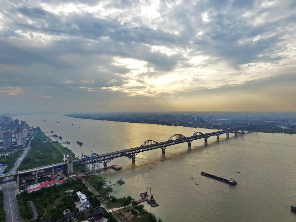 East China city uses smart tech to clean up water