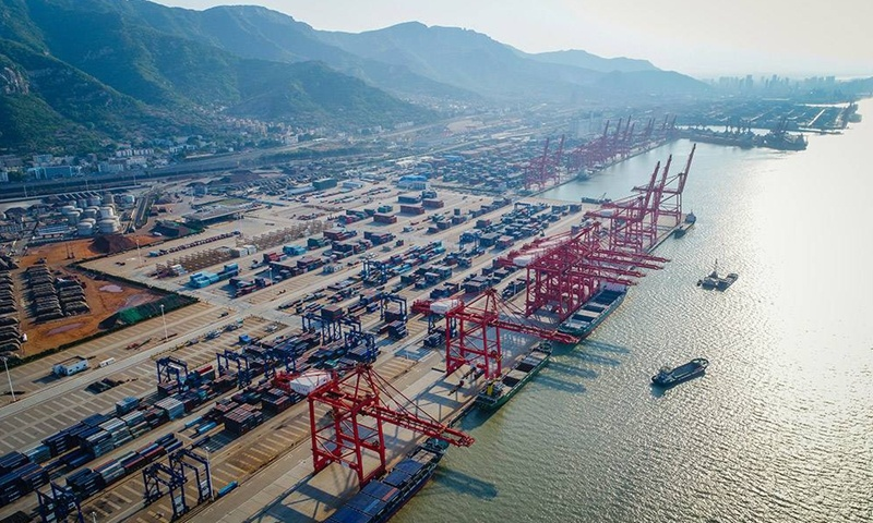 Chinese exports rise 3.6% in coronavirus-plagued 2020; only economy with positive trade growth