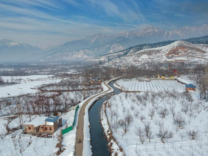 Winter scenery in Anantnag district, south of Srinagar city