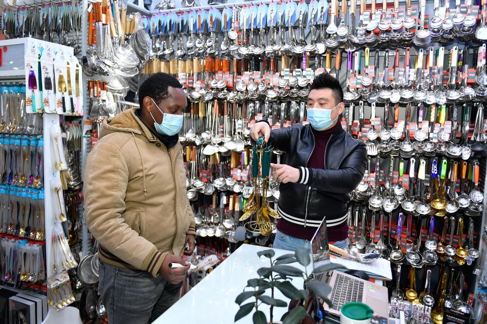 'World's Supermarket' Yiwu maintains vitality in international trade despite pandemic