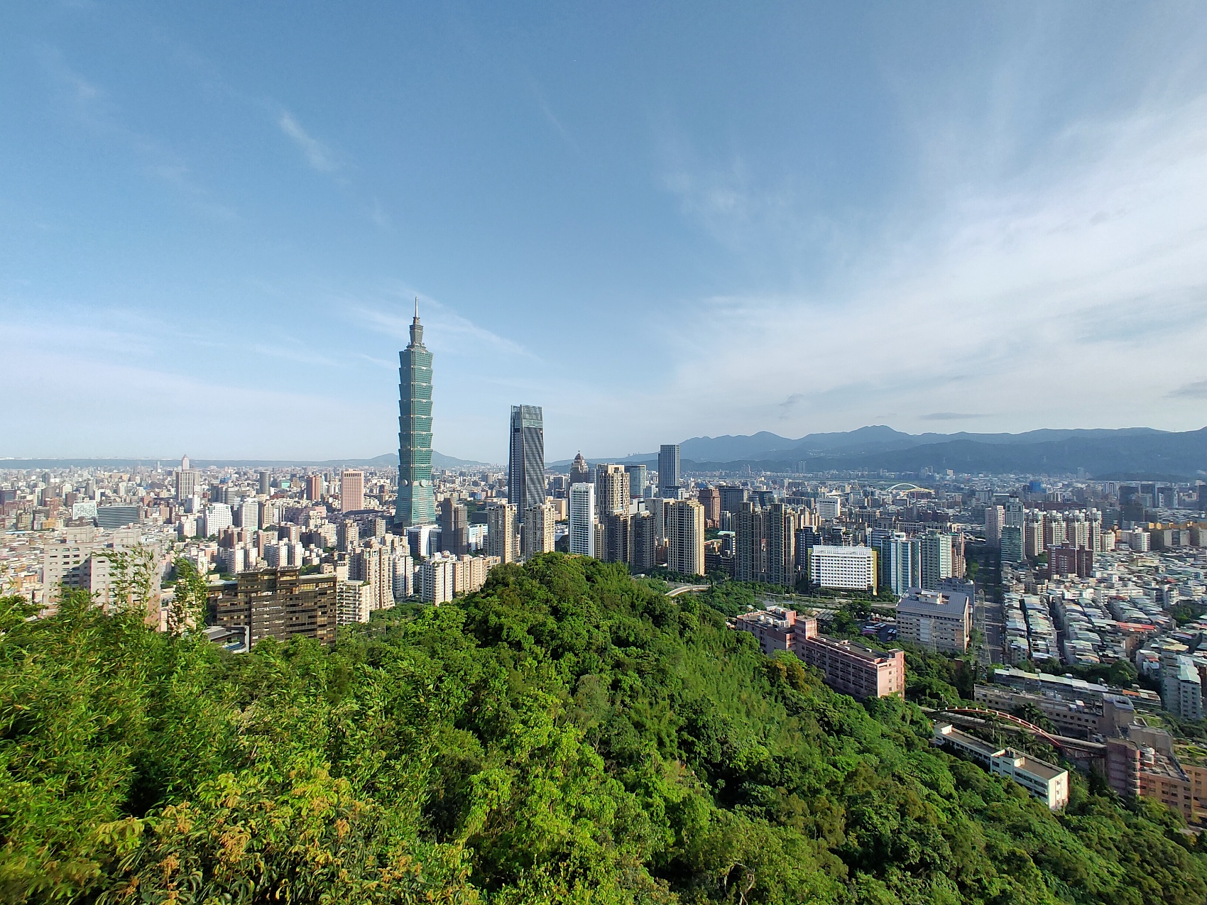 Another doctor tests positive for COVID-19 in Taiwan