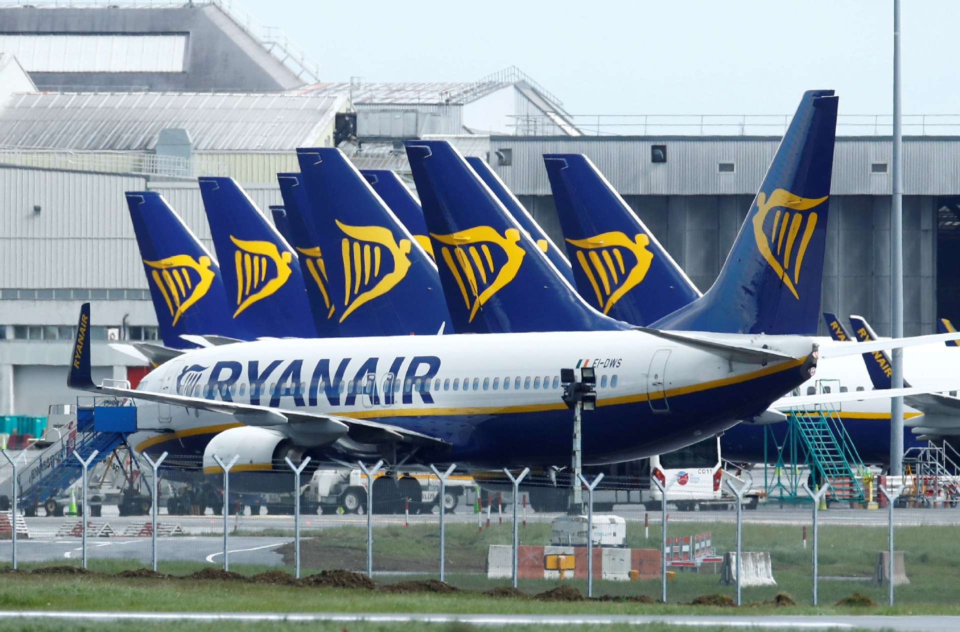 Ireland demands COVID-19 test results for int'l arrivals as cases near 170,000