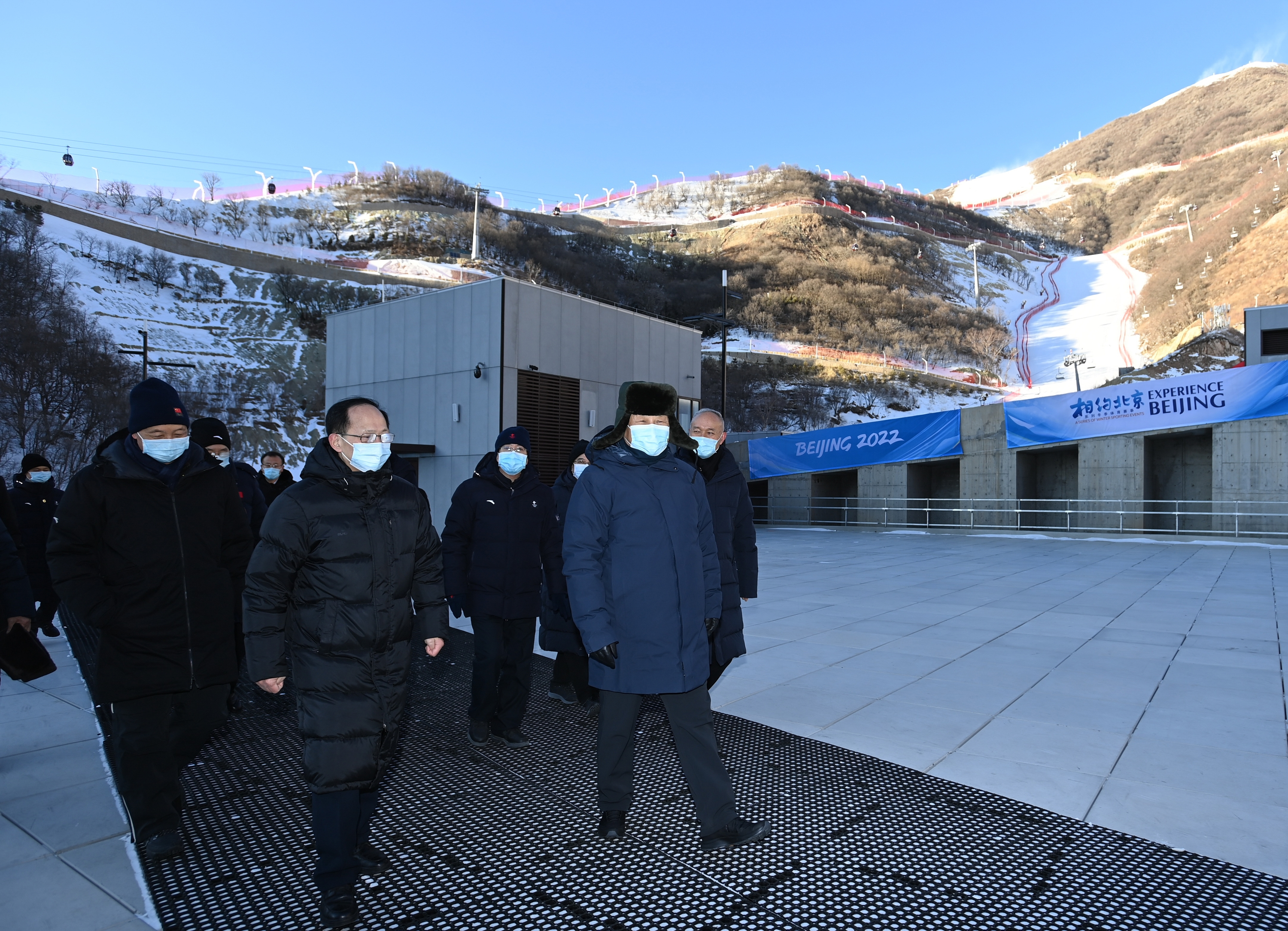 Xi underscores developing China's winter sports by hosting Beijing 2022