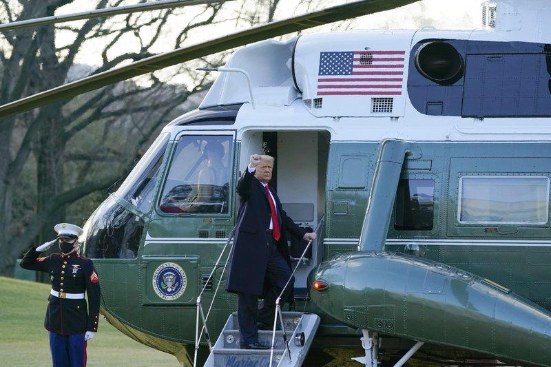 Trump leaves White House, skipping Biden inauguration