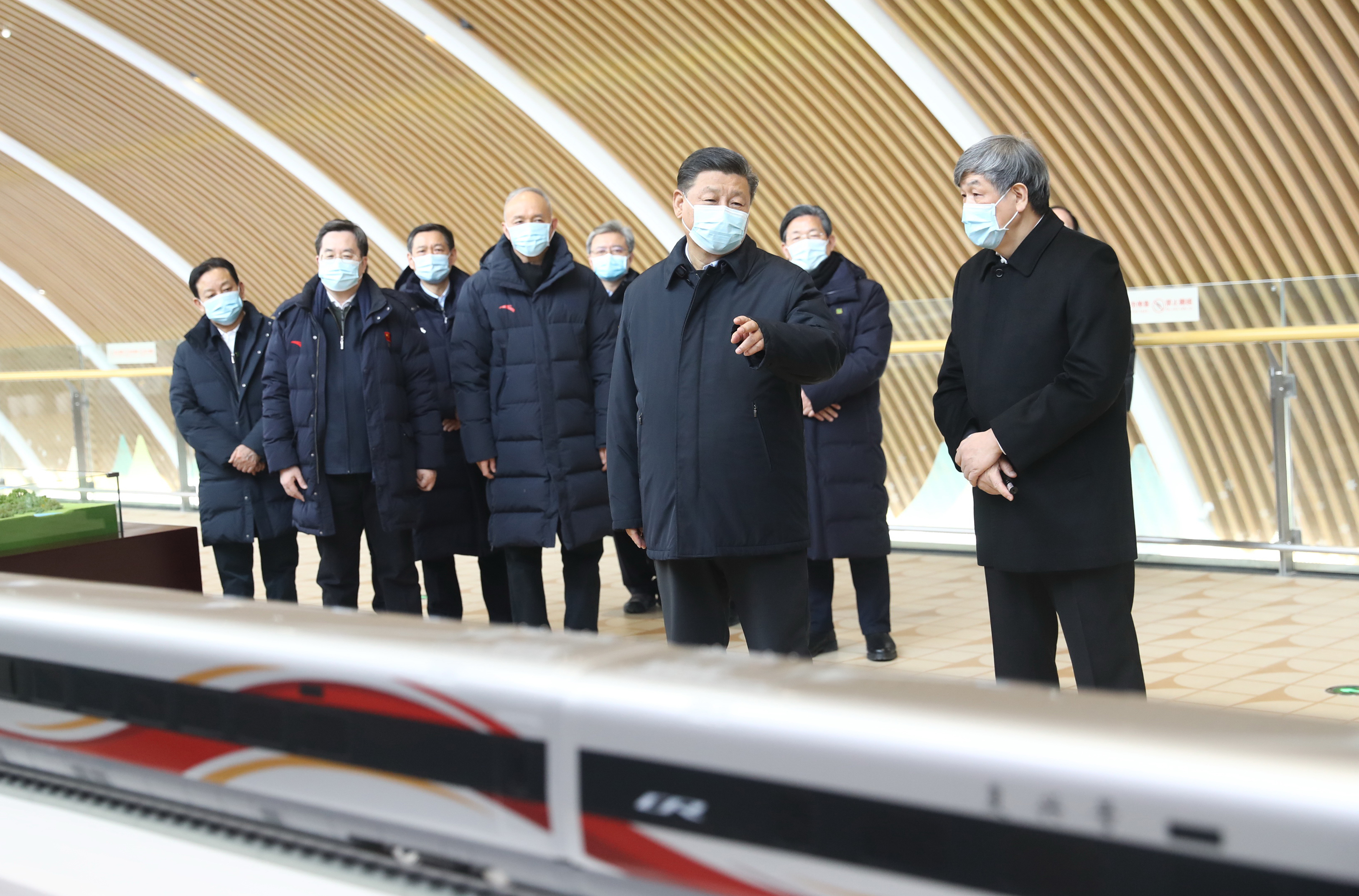 Xi underlines high-speed rail as a success of China's independent innovation