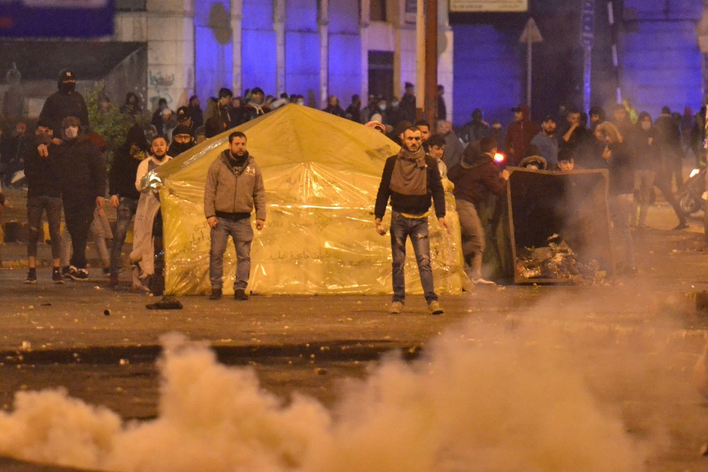 Protest clashes injure 8 in Lebanon's northern city of Tripoli