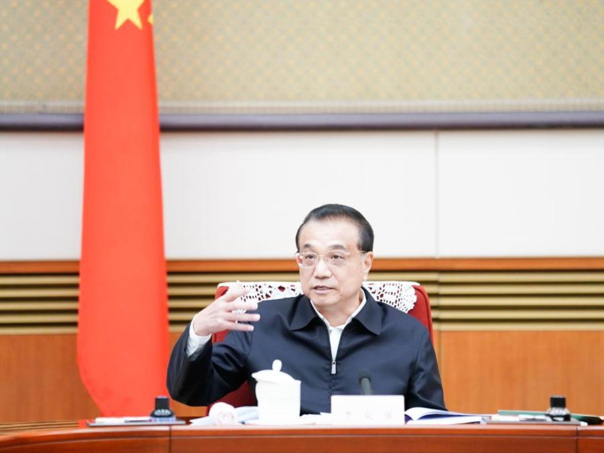 Chinese premier underscores efforts to improve people's livelihood