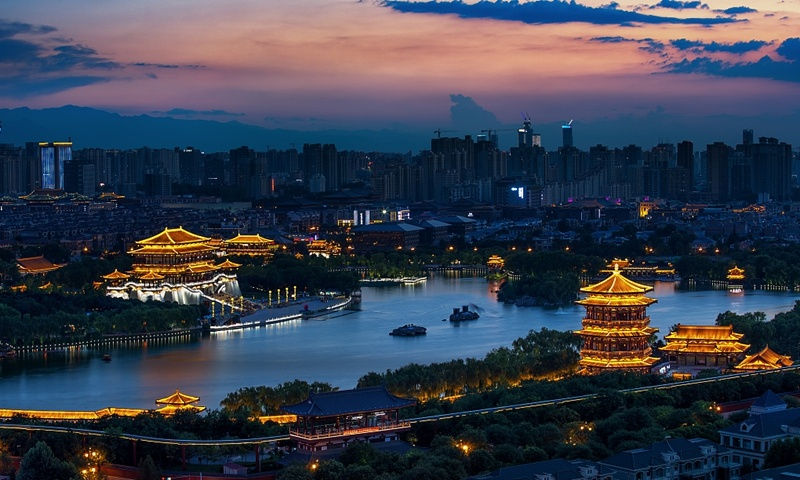 Six more Chinese cities join 1-trillion-yuan GDP club