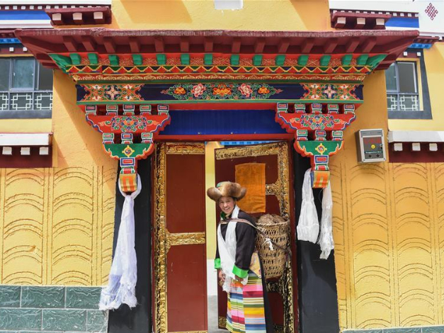 Tibet builds more affordable houses to improve livelihood