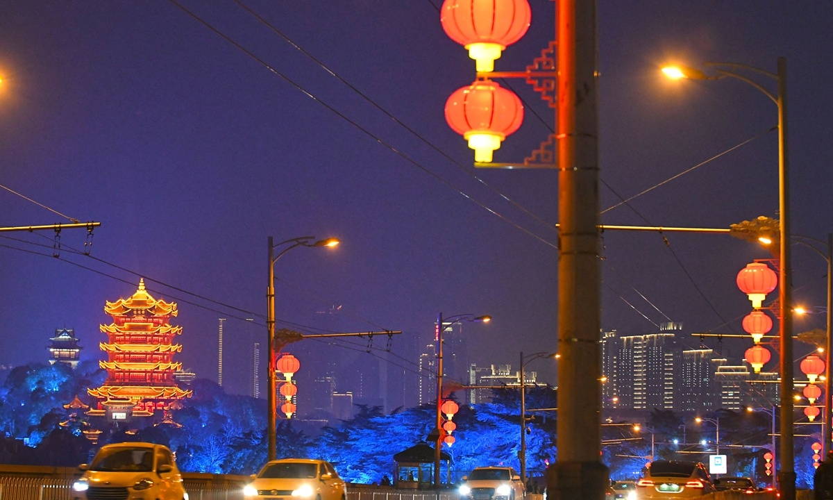 Wuhan remains in top 10 Chinese cities despite GDP dropping 4.7% in 2020; sets 10% growth target for 2021