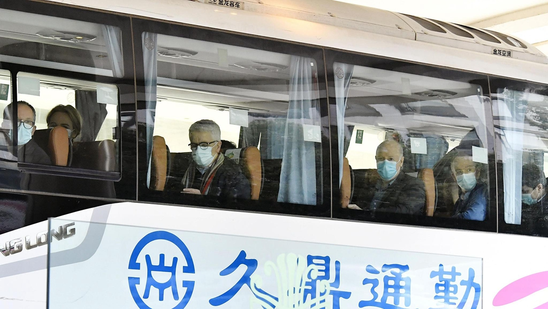 WHO research team in Wuhan visits hospital, meets Chinese peers