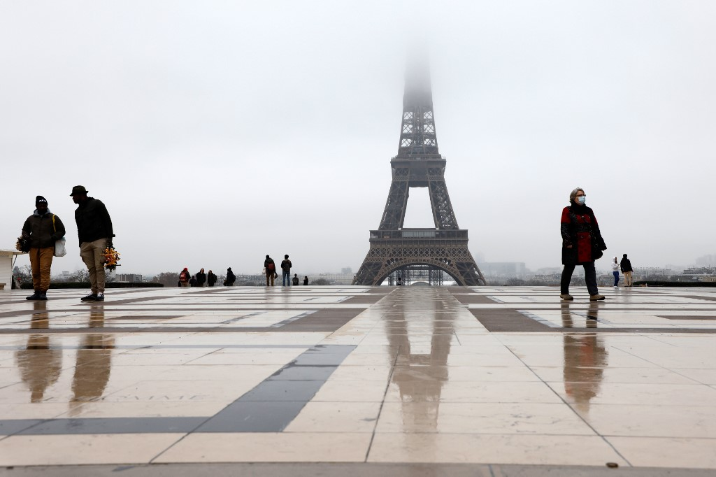 France's GDP declines by 8.3 pct in 2020: INSEE