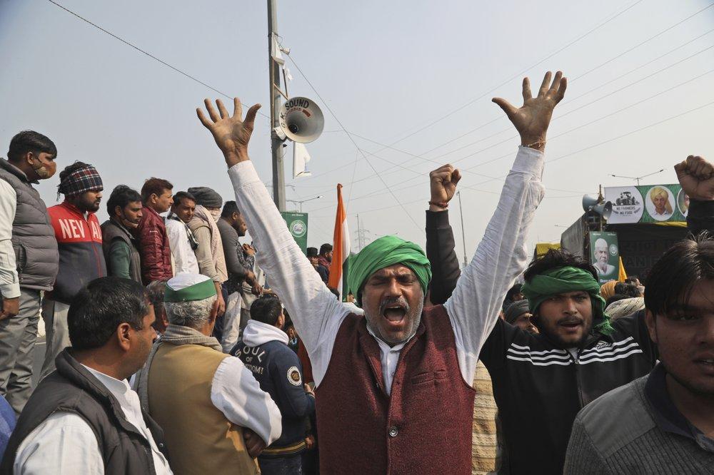 Indian farmers begin hunger strike amid fury against Modi