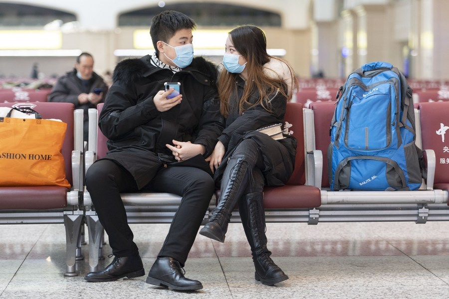 China sees less Spring Festival travel amid epidemic control