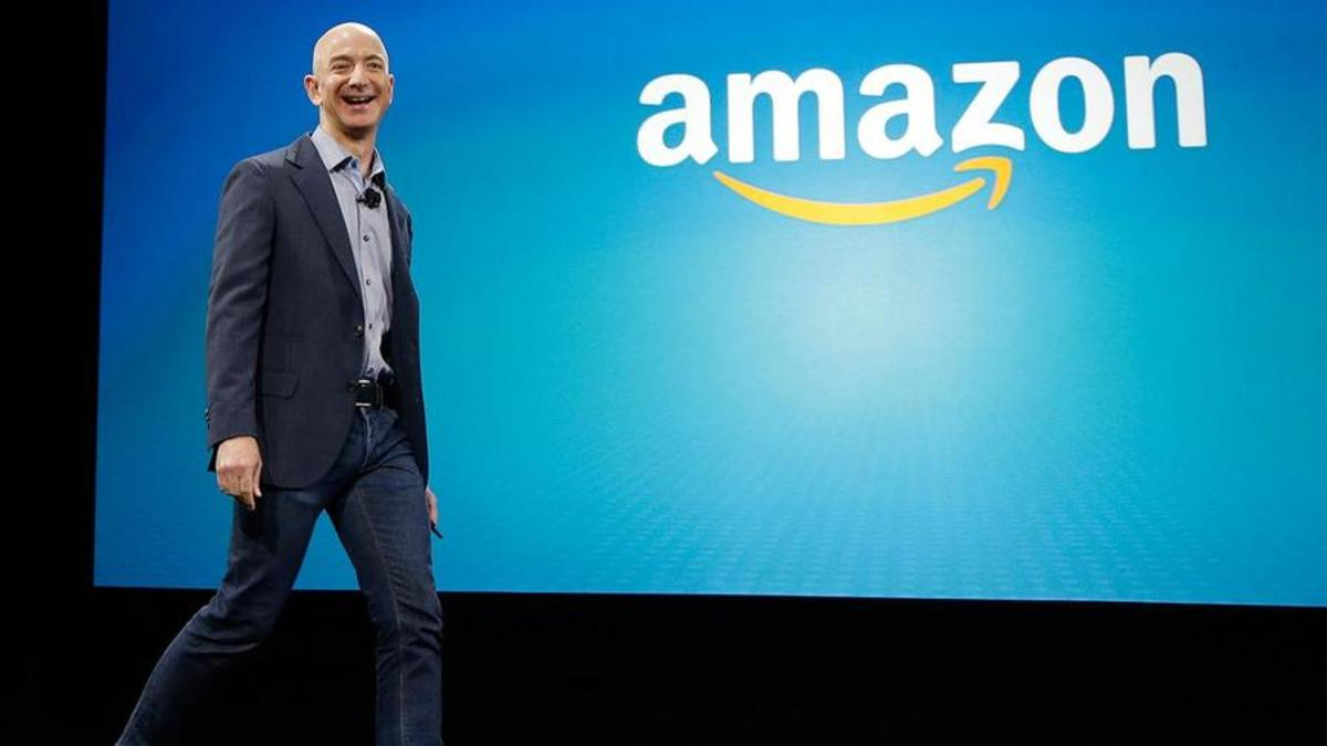 Amazon announces financial results, CEO transition