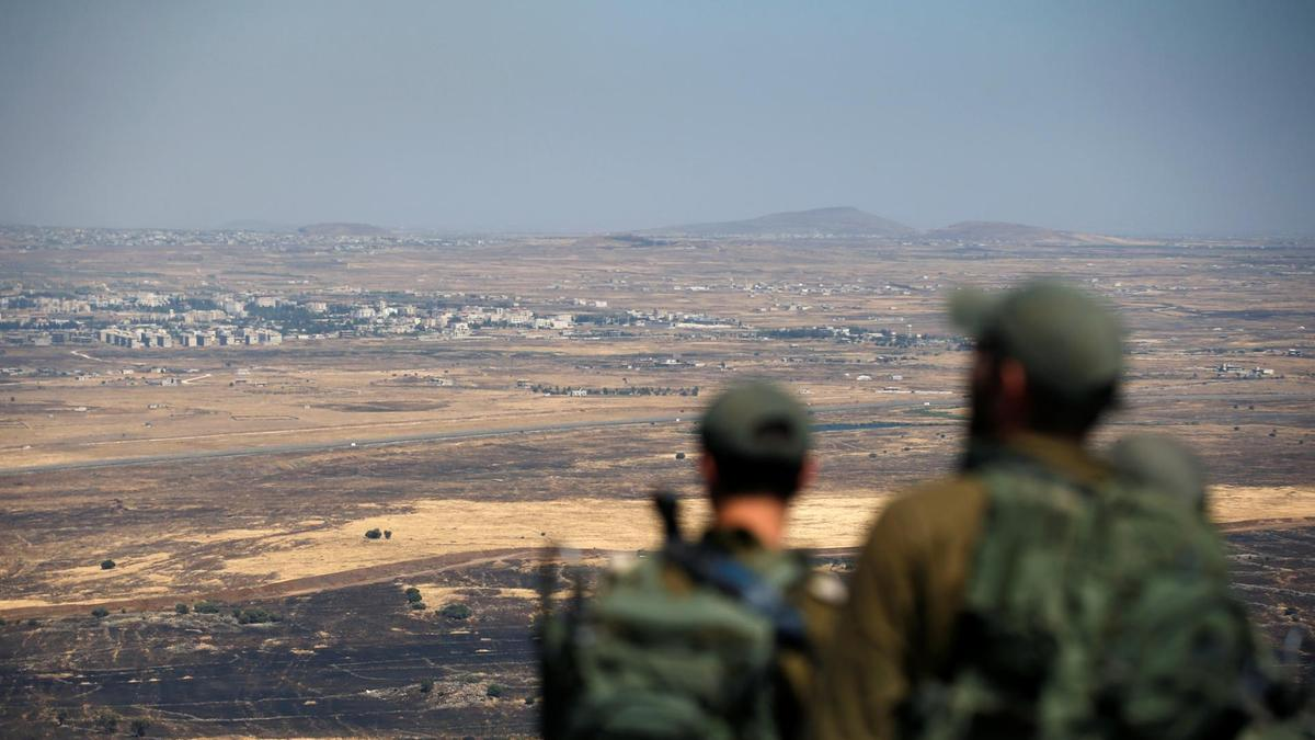 Israel launches missile strike on Syrian sites