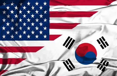 S. Korean, US presidents hold phone talks over Korean Peninsula issue