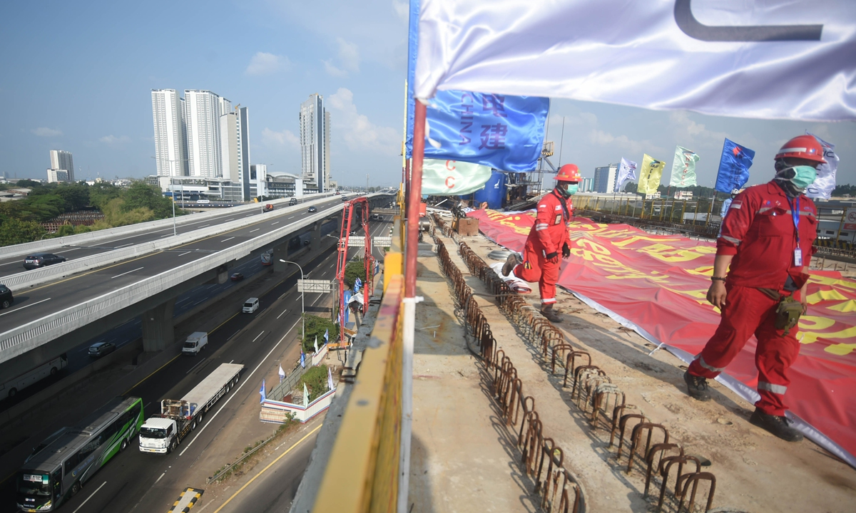 Indonesia's economy contracts 2.07 pct in 2020
