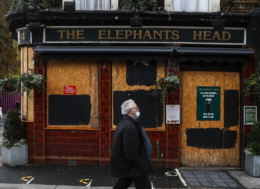 UK pubs urge timeline to reopen from lockdown