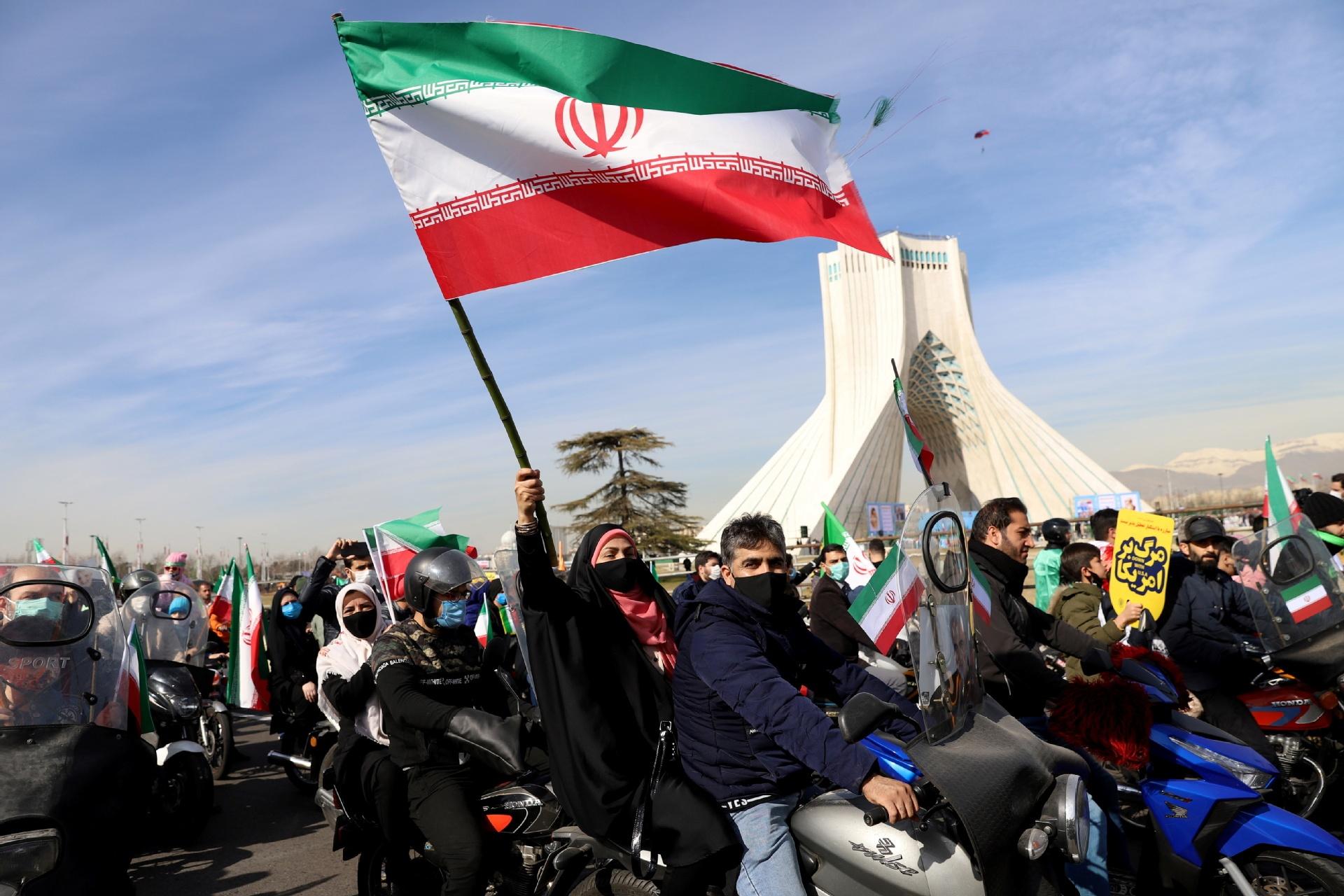 Iranians mark 42nd anniversary of Islamic Revolution