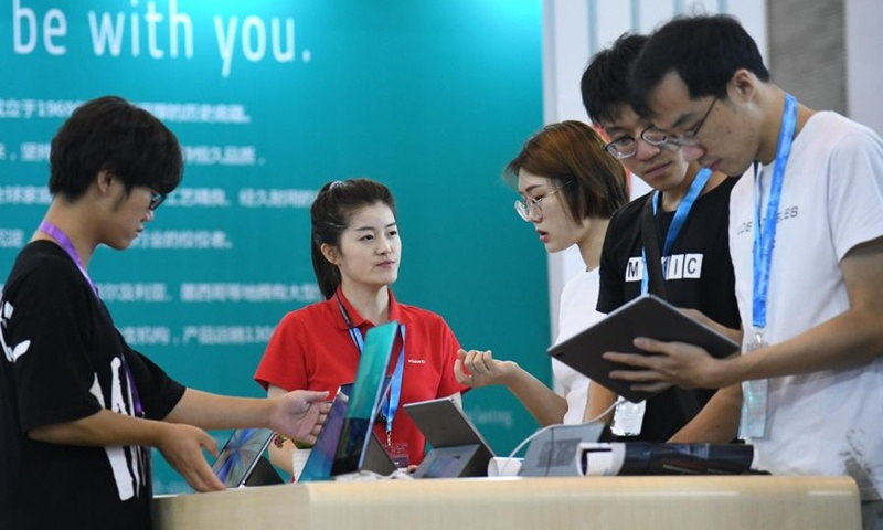China records steady tablet shipment growth