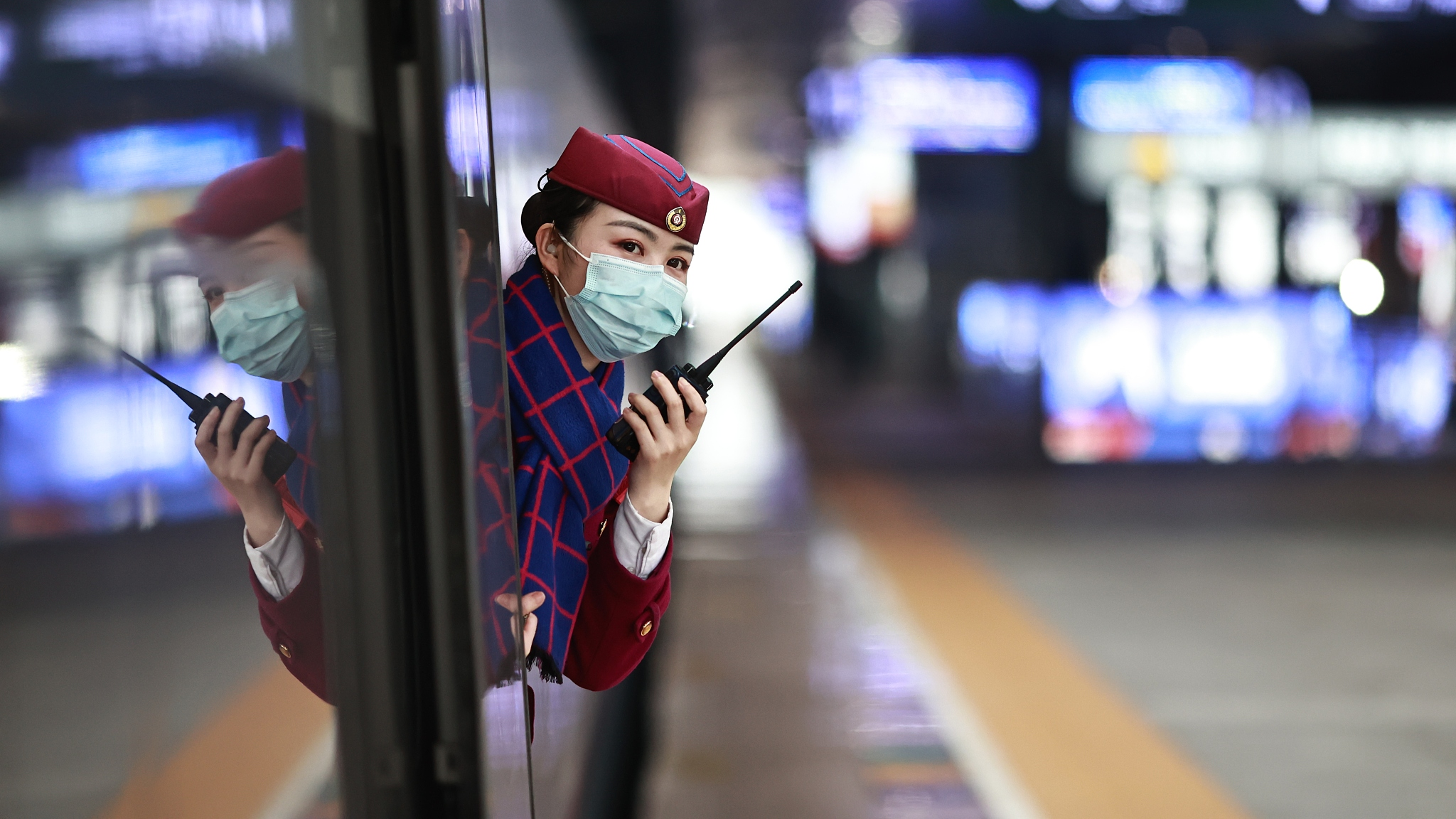 Passenger rail trips plunge nearly 70% in China during Spring Festival