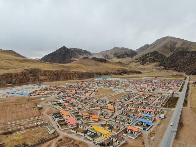 Post-quake reconstruction in China's Yushu achieves progress