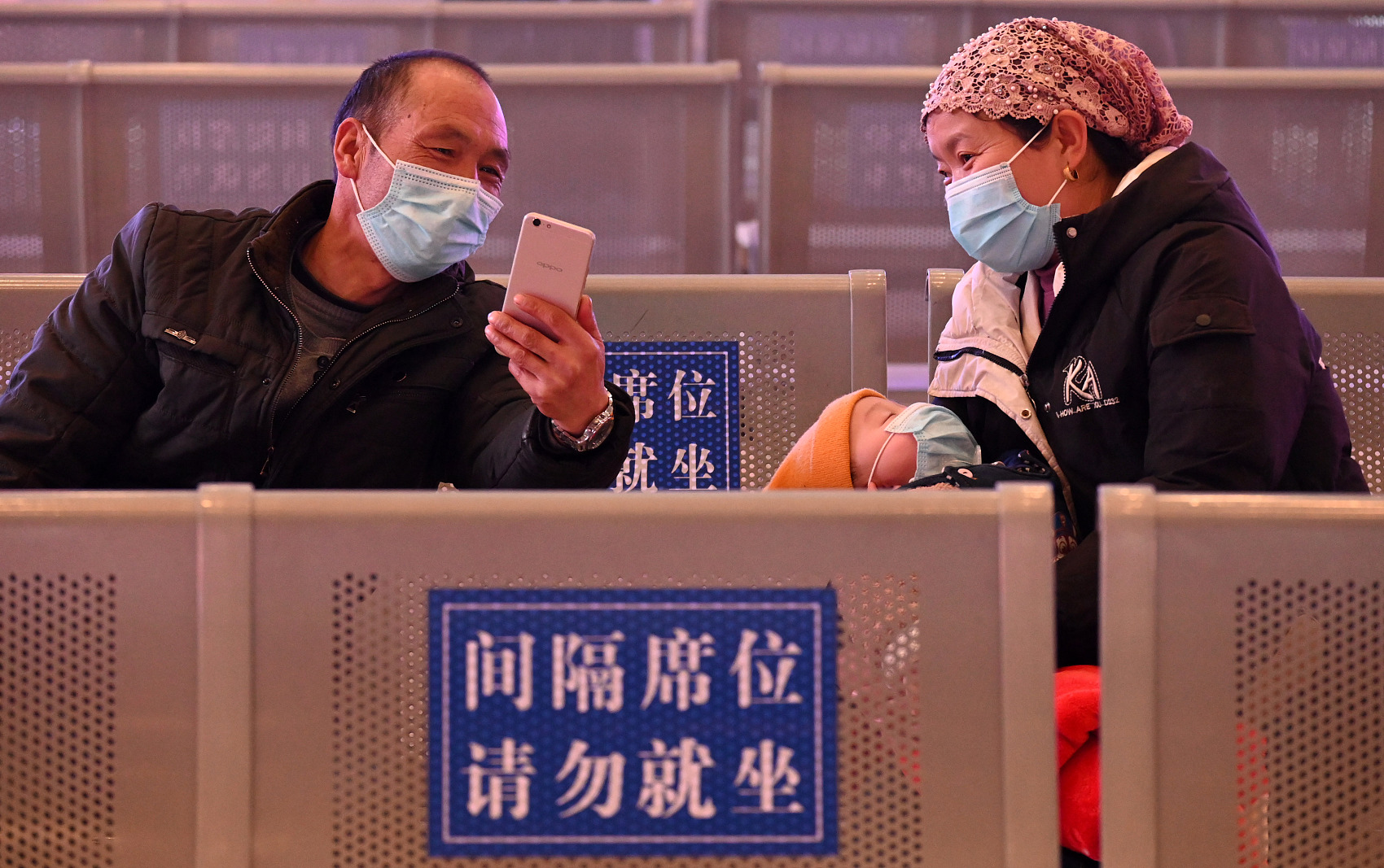 Chinese mainland reports nine new confirmed COVID-19 cases, one domestically transmitted