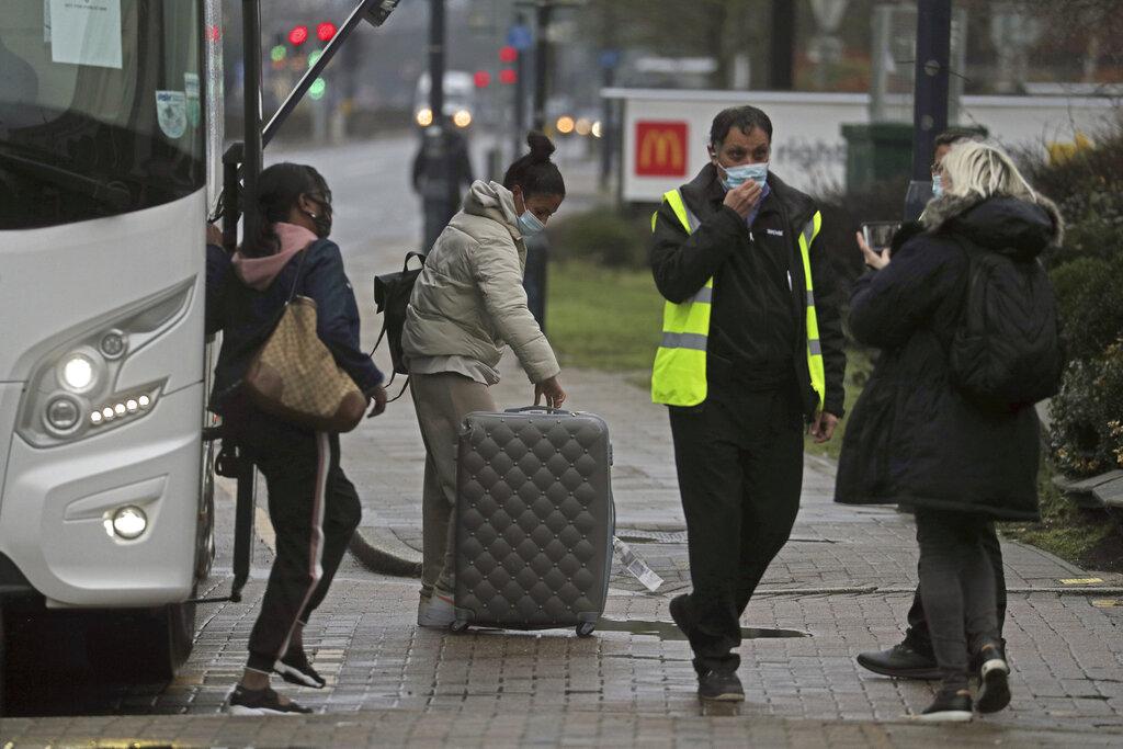 Britain orders quarantine for many travelers