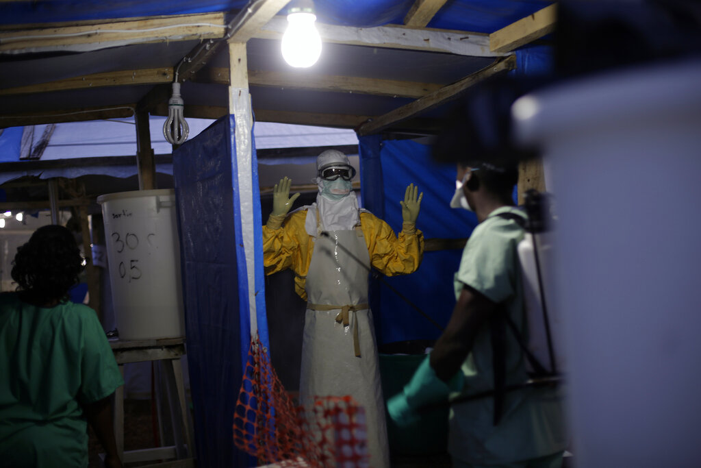 Guinea Ebola death toll rises to five