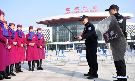 Chinese railway police strive to ensure safe trips during holiday travel rush