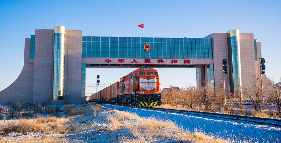 Erenhot handles over 6,000 China-Europe freight trains