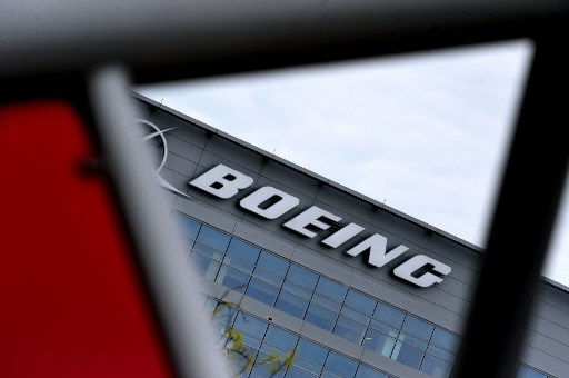 Boeing recommends suspending operations of 777s with PW4000 engines after explosion incident