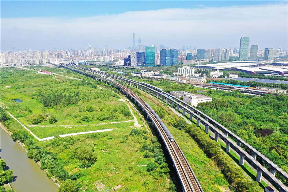 Guangdong plans Shanghai-Guangzhou maglev