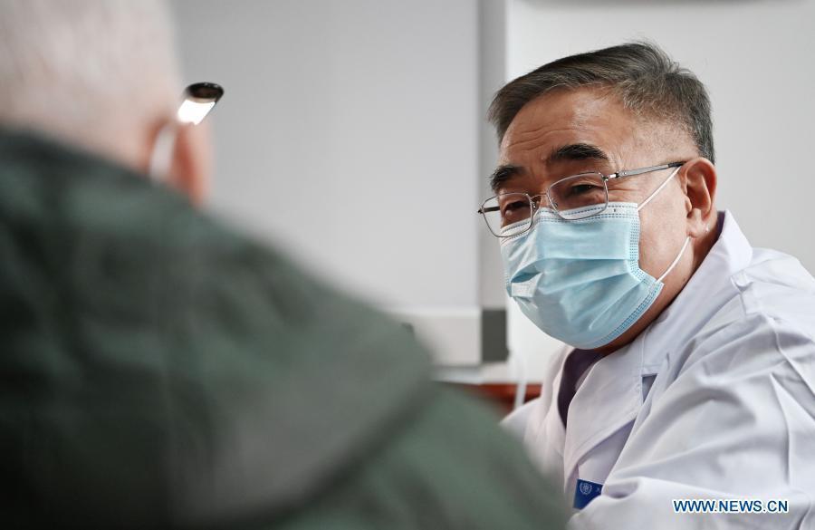 "Zhang Boli, ""People's Hero"" fighting coronavirus with TCM"