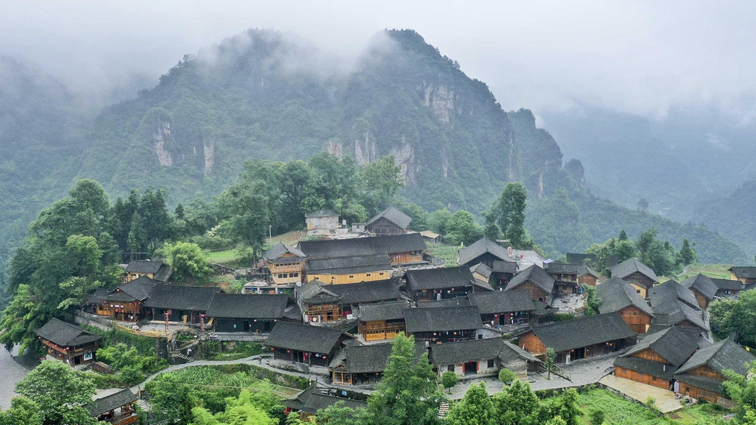 Understanding China's extreme poverty line